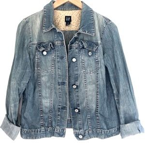 GAP | Light Wash Denim Jacket